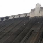 小里川ダム①・要塞のような堤体は迫力満点!ダムカード配布情報